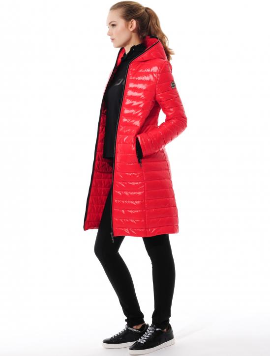 Shiny Mantel red